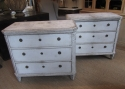 A pair of commodes - picture 1