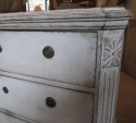 A pair of commodes - picture 6