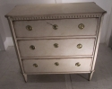 A Swedish painted chest of drawers - picture 1