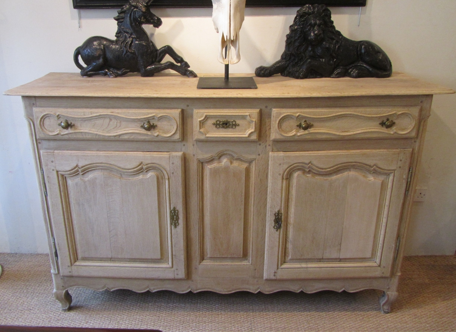 buffet enfilade but french th century painted enfilade. Black Bedroom Furniture Sets. Home Design Ideas