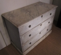 A painted three drawer commode - picture 5