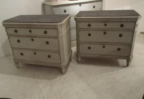A pair of Swedish commodes
