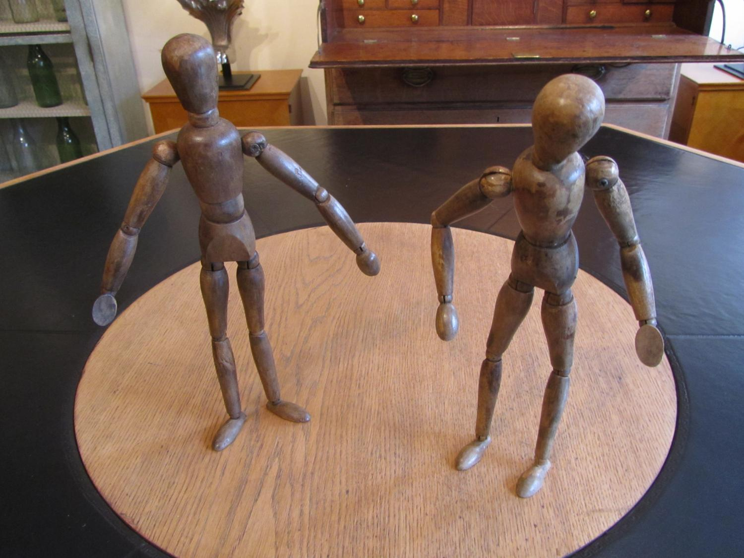 A pair of artist lay figures