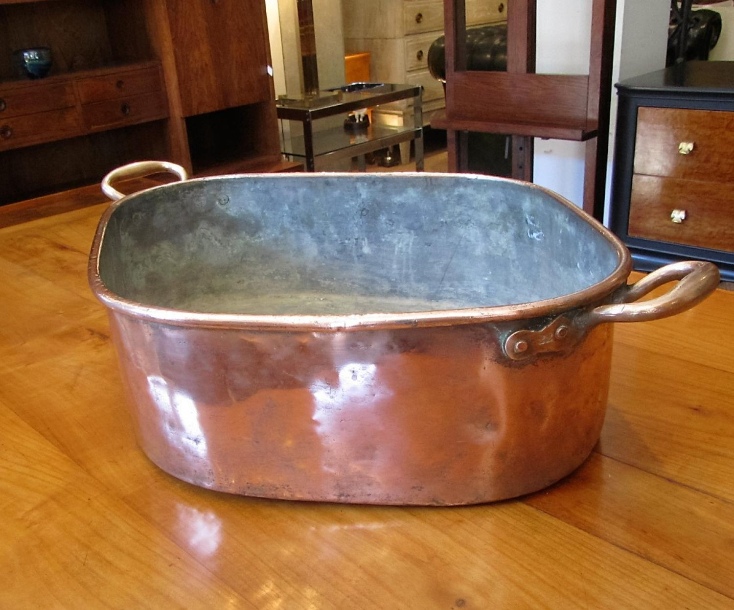 A copper fish kettle