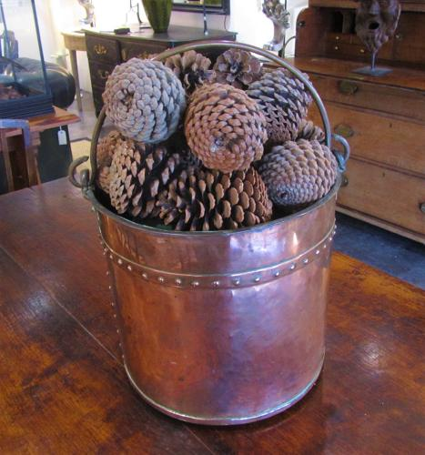 A 19thC copper pail