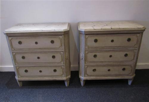 A pair of petite 19thC Swedish commodes