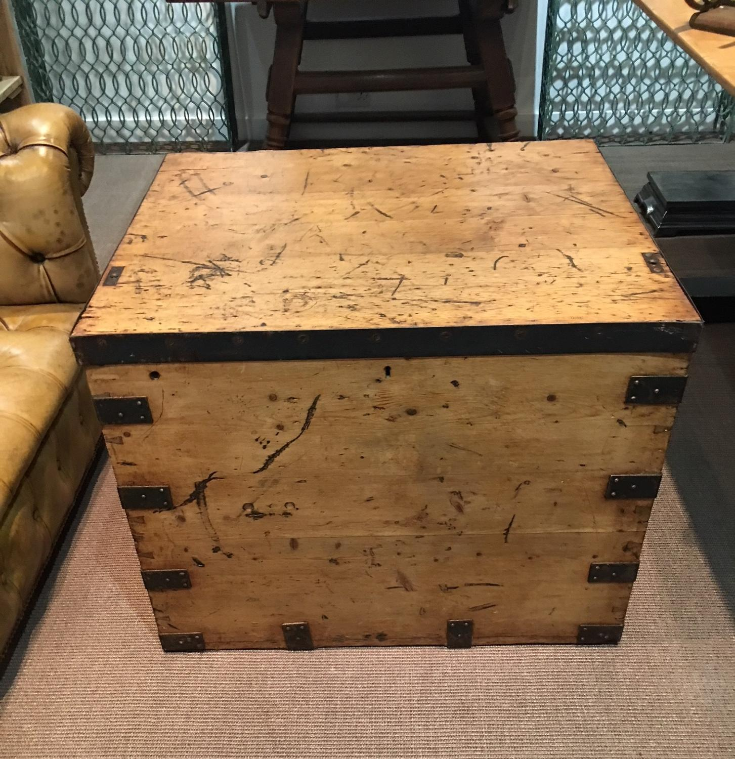 A 19thC  campaign chest trunk
