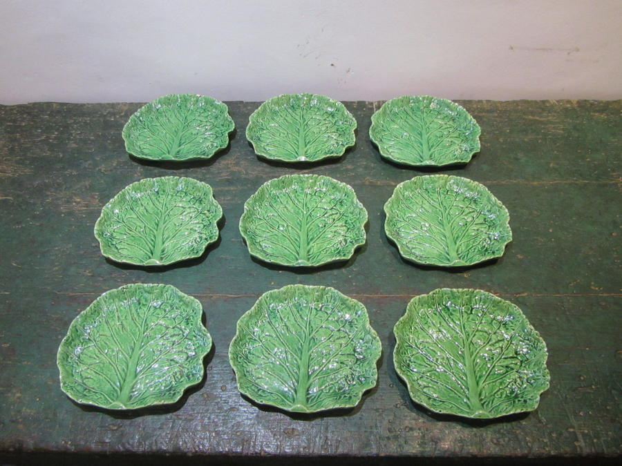 A set of 20 majolica cabbage leaf plates