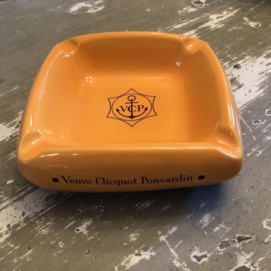 A Veuve Clicquot cigar tray