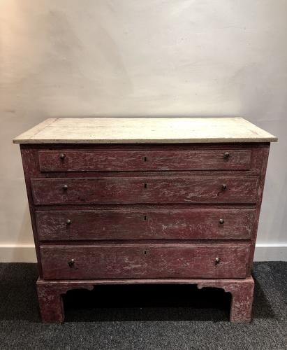 A petite painted commode