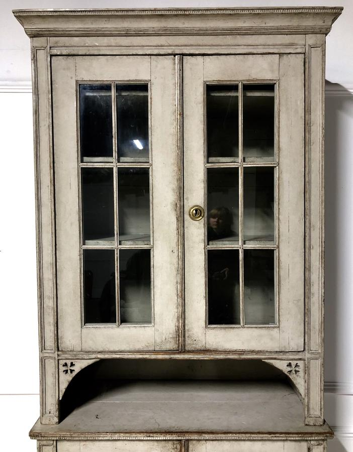 A 19thC Swedish painted pine bookcase