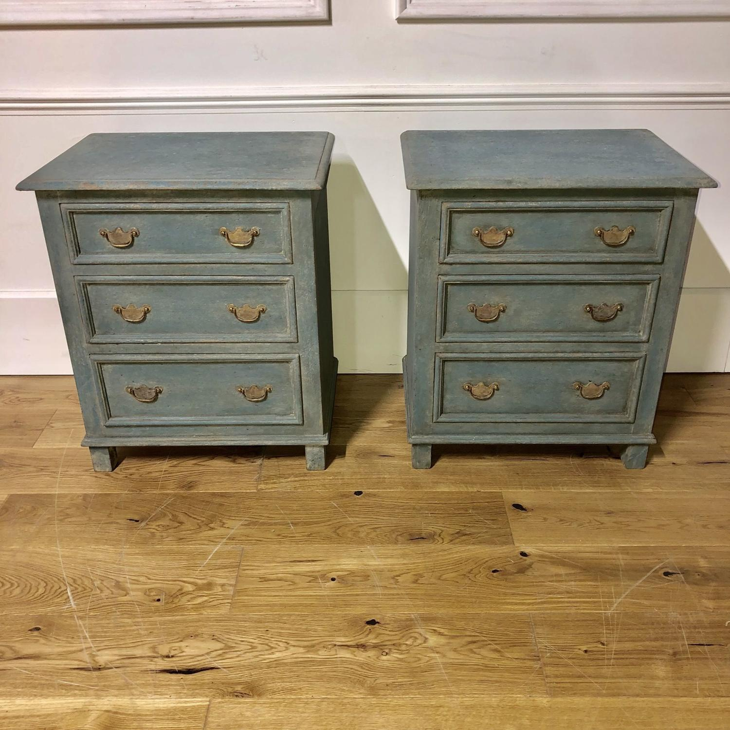 A pair of Petite Commodes